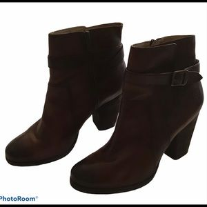 Frye Patty Riding Bootie size 10